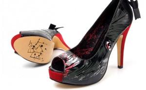 Iron Fist lanAi??a sapatos zumbis.