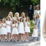 acima, Kate Moss em diversas aparições usando Pretty Ballerinas. Na foto, damas de honra e modelo usado por ela nas bodas da top model